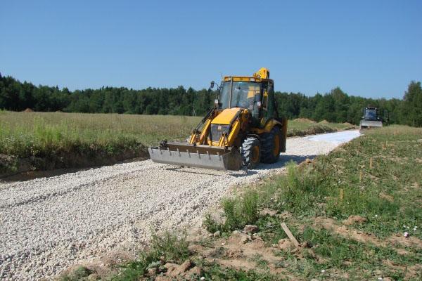 Заканчивается строительство внутрипоселковых дорог первой очереди.