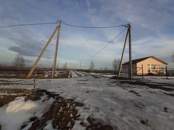 Закончена установка опор линий электропередачи на всей территории поселка КонтинентЪ